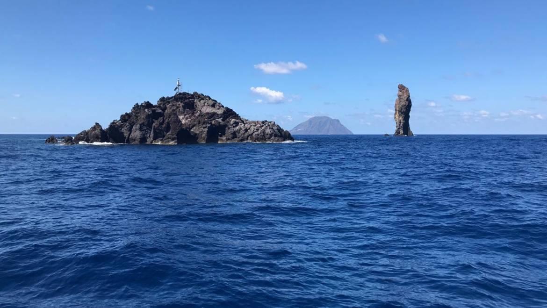 Alla scoperta delle Isole Eolie in Barca a Vela