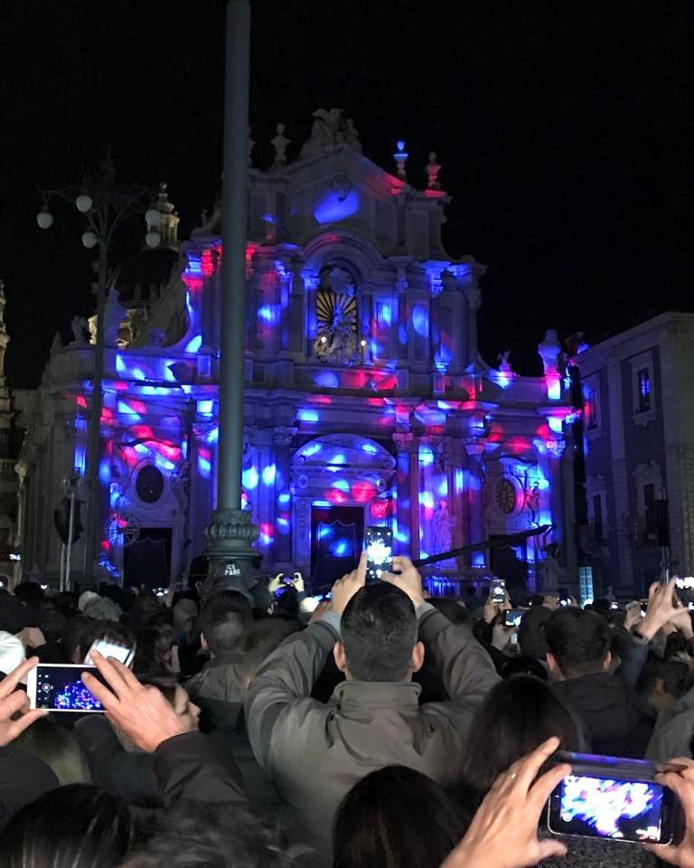 Facciata della Chiesa di Sant'Agata con gioco di luci