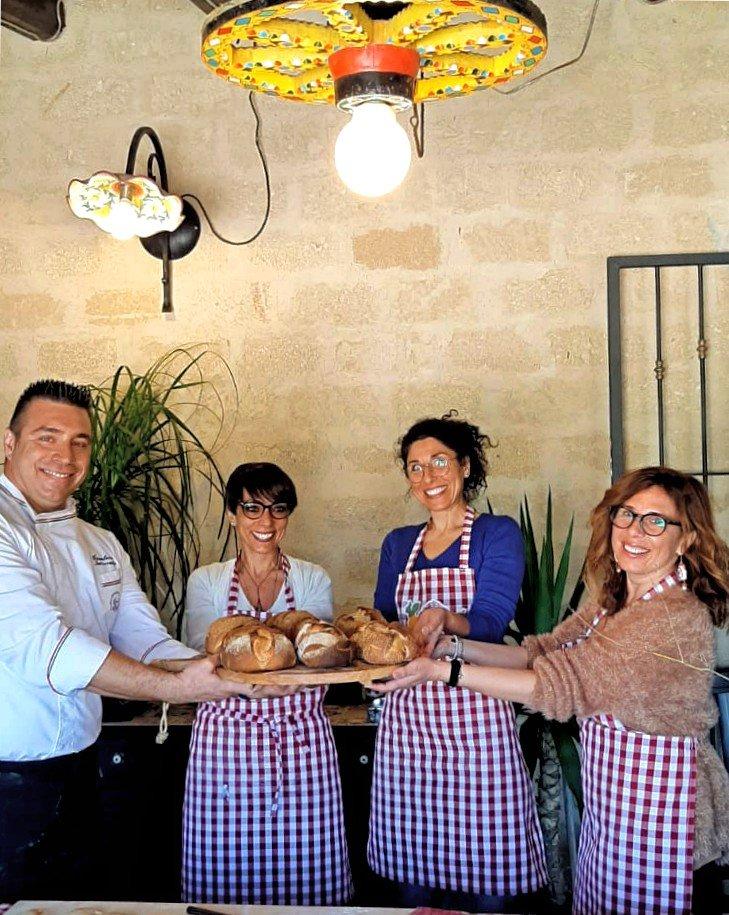 Foto a fine cooking class con pane pronto fatto in casa