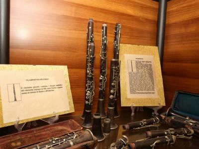 Strumenti musicali e spartiti