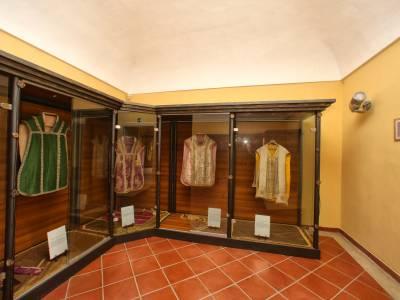 Esposizione abiti antichi